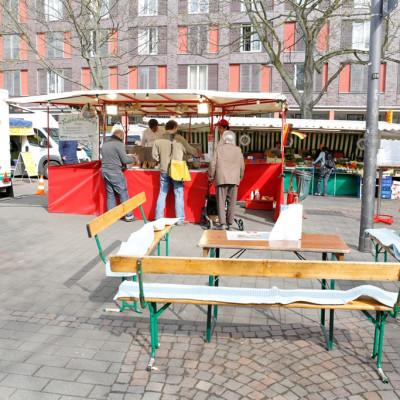 Reibekuchen Heinz auf dem Kölner Wochenmarkt